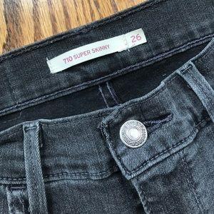 Levi 710 Super Skinny Jean in Grey